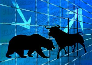¿Merece la pena invertir ante una inminente recesión económica o una caída bursátil?